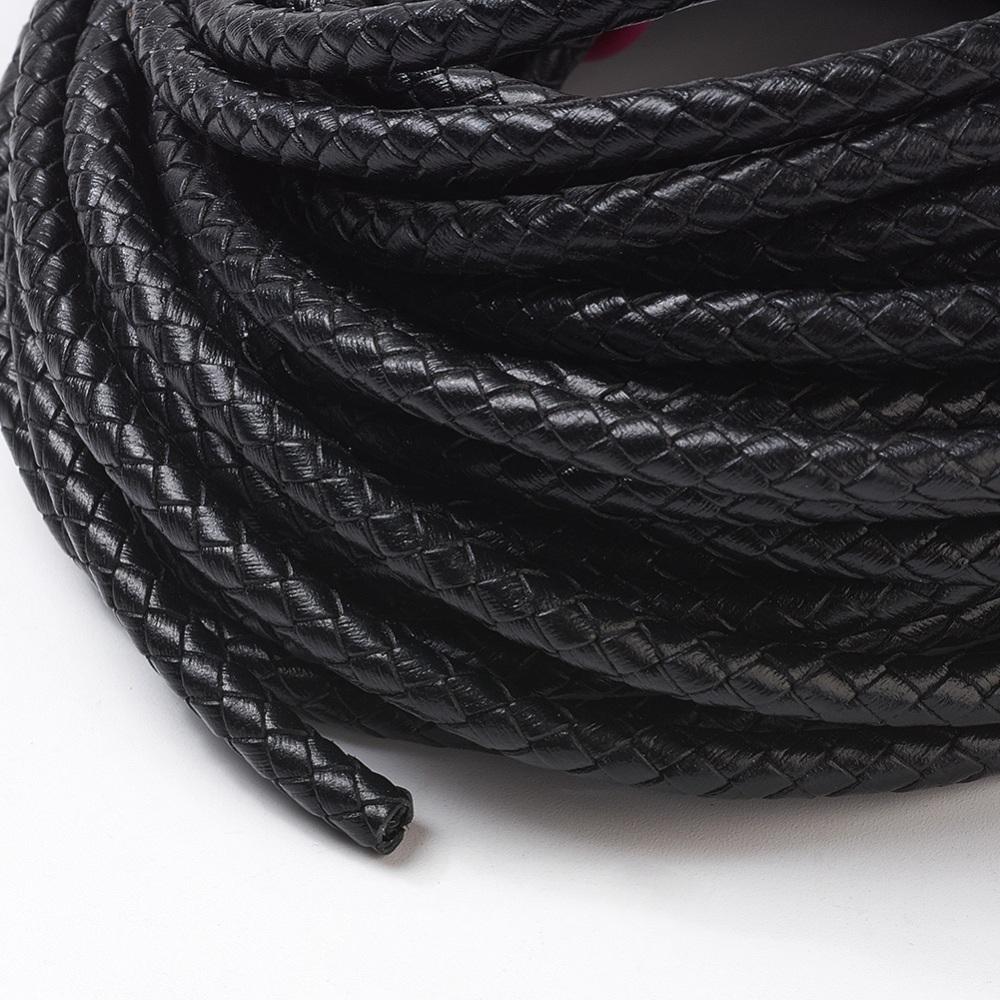 20 cms. Cordón de cuero trenzado  5mm. Color Negro