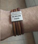 Kit pulsera de cuero coñac y marrón con cierre zamak pase 20x2.5mm. Baño de plata. personalizado. Maximo 25 carácteres. 4-5 días laborables