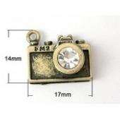 colgante camara de foto con cristal 14x17x11mm. bronce antiguo