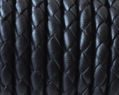 20 cms. Cuero trenzado negro nacional 4,5-5mm. (Calidad superior)