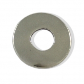 PERSONALIZABLE. Donut  ext. 38mm int.14mm. Grosor 2,5mm.  Zamak baño de plata.