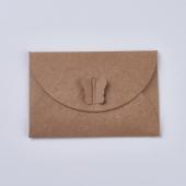 Sobre invitación mariposa papel kraft . Tamaño 7x10,5cm.