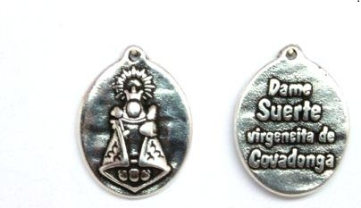 Medalla covadonga 23x18mm. (Dame suerte) Zamak baño de plata