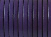 20 cms. Cuero plano 5x1,5mm. violeta borde negro. Calidad superior