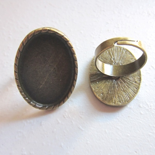Base anillo bronce antiguo interior 30x20mm