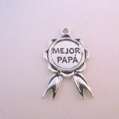 Colgante metálico Mejor Papa 40x25mm. Argolla 3mm