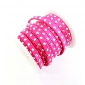 Antelina fuerte rosa 5mm con tachuelas plateadas. Precio por metro